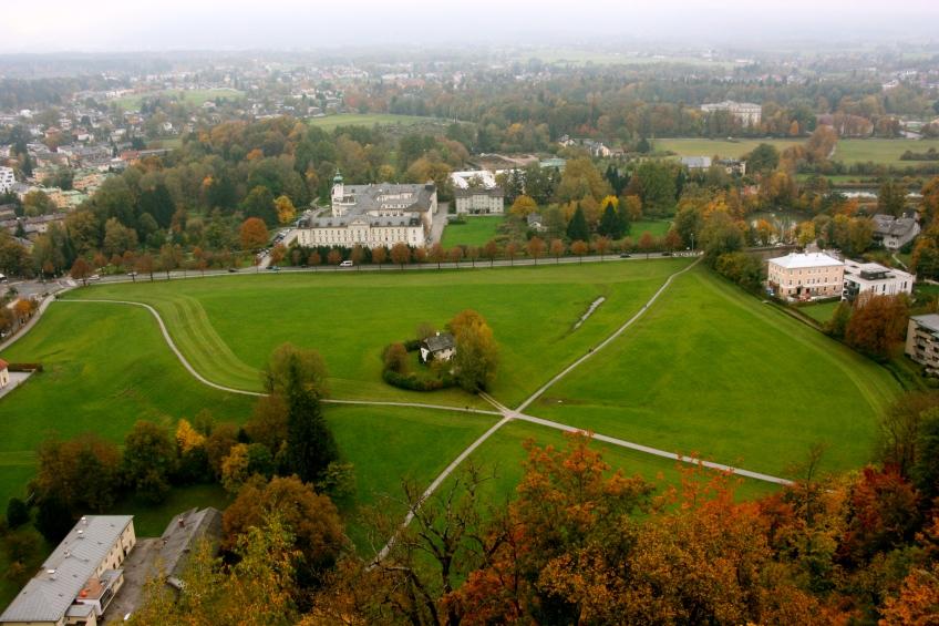 Salzburg in Fall, View, Salzburg,Austria, Foggy day, Foliage